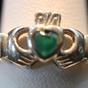 Sterling Silver Ring (5 Stone Setting)